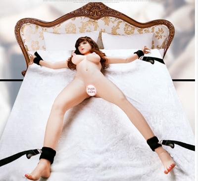 Bondage set för sänglekar  Pälsbeklädd